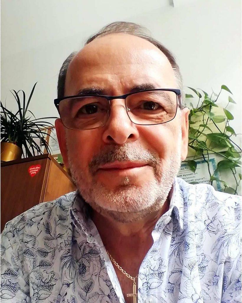 Dr. Pollad Morias